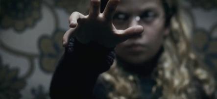 Mama-2013-Movie-Trailer-Horror